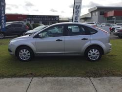2010 Ford Focus CL LV Silver