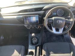2016 Toyota Hilux SR GUN126R 4X4 Dual Range Grey