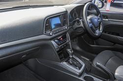 2016 Hyundai Elantra Active AD MY17 Silver