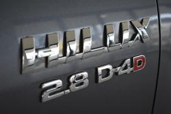 2018 TOYOTA HILUX SR5 GUN126R Grey