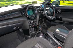 2018 MINI Hatch John Cooper Works F56 LCI Blue