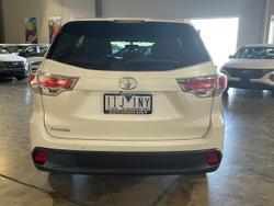 2016 Toyota Kluger GXL GSU50R White