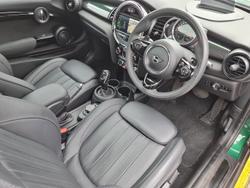 2019 MINI Hatch Cooper S 60 Years Edition F56 LCI British Racing Green