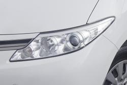 2016 Toyota Tarago GLi ACR50R White