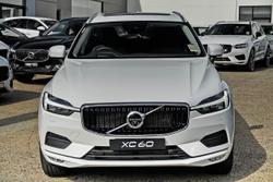 2021 Volvo XC60 T5 Momentum MY21 AWD White