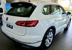 2021 Volkswagen Touareg 210TDI Elegance CR MY21 Four Wheel Drive White