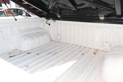 2017 Toyota Hilux SR Hi-Rider GUN136R Glacier White