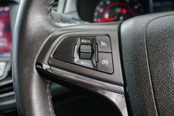 2014 Holden Commodore SS VF MY14 Heron White