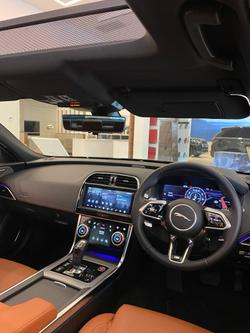 2020 Jaguar XE P300 R-Dynamic HSE X760 MY20 Portofino Blue