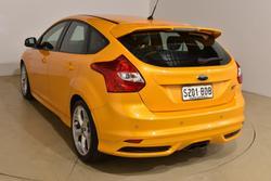 2013 Ford Focus ST LW MKII Tangerine Scream