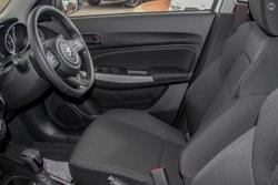 2021 Suzuki Swift GL Navigator AZ Series II Pure White