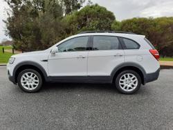 2017 Holden Captiva Active CG MY17 Summit White