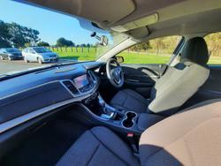2015 Holden Commodore Evoke VF MY15 Heron White