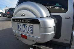 2014 Mitsubishi Pajero Exceed NW MY14 4X4 Dual Range Silver