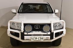 2014 Toyota Landcruiser GXL VDJ200R MY13 4X4 Dual Range Glacier White