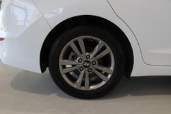 2018 Hyundai Elantra Active AD MY18 White