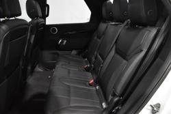 2019 Land Rover Discovery SD4 SE Series 5 MY20 4X4 Dual Range Fuji White