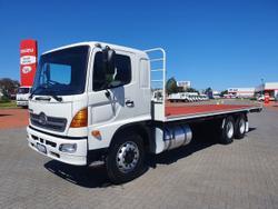 Hino FL 2427-500 Series 6X2 Tray