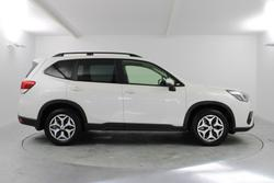 2021 Subaru Forester 2.5i S5 MY21 AWD Crystal White