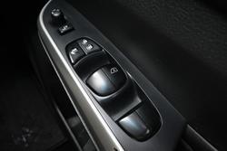 2016 Nissan Navara ST-X D23 4X4 Dual Range White Diamond