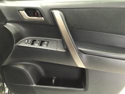2010 Toyota Kluger KX-R GSU40R Grey