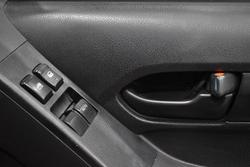 2014 Isuzu D-MAX SX MY14 Splash White