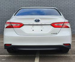 2017 Toyota Camry Ascent AXVH71R WHITE
