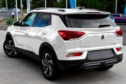 2020 SsangYong Korando Ultimate C300 MY21 Grand White