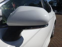 2018 Toyota Camry Ascent Sport ASV70R Glacier White