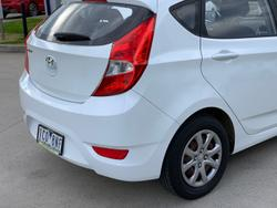 2014 Hyundai Accent Active RB2 Crystal White