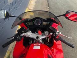 2005 HONDA VFR800FI Red