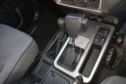 2013 Nissan Patrol ST Y61 4X4 Dual Range Platinum
