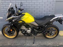 2018 SUZUKI V-STROM 650XT (DL650XA) Yellow