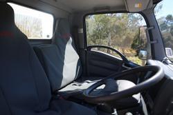 2017 Isuzu NLR 45-150 CAR LICENCE WHITE