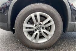 2012 Volkswagen Tiguan 132TSI Pacific 5N MY13 Four Wheel Drive Black