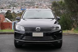 2016 Volkswagen Touareg 150TDI Element 7P MY17 Four Wheel Drive Deep Black