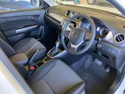 2021 Suzuki Vitara LY Series II Cool White