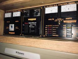 2003 WINNEBAGO Explorer 2784 RB-DB Honey Dune