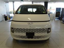 Hyundai Staria Load