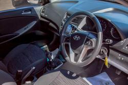 2016 Hyundai Accent Active RB3 MY16 YELLOW