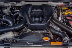 2016 Isuzu D-MAX EX MY15 4X4 Dual Range Splash White