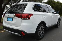 2017 Mitsubishi Outlander LS Safety Pack ZK MY18 AWD White