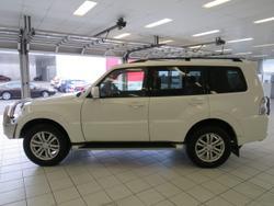 2014 Mitsubishi Pajero