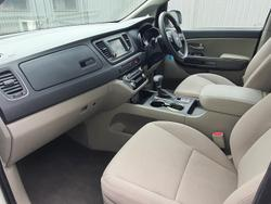 2019 Kia Carnival S YP MY20 Clear White