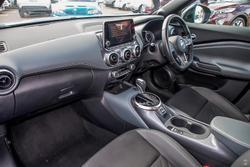 2020 Nissan JUKE ST-L F16 Pearl Black