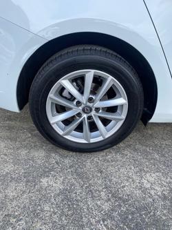 2018 Renault Megane Zen LFF White