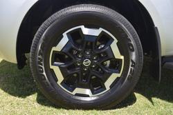 2021 Nissan Navara ST-X D23 Brilliant Silver