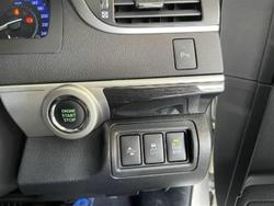 2017 Toyota Camry Atara SL ASV50R Crystal Pearl