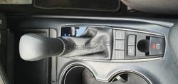 2017 Toyota Camry Ascent AXVH71R Glacier White