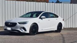 2018 Holden Commodore RS ZB MY18 AWD Summit White